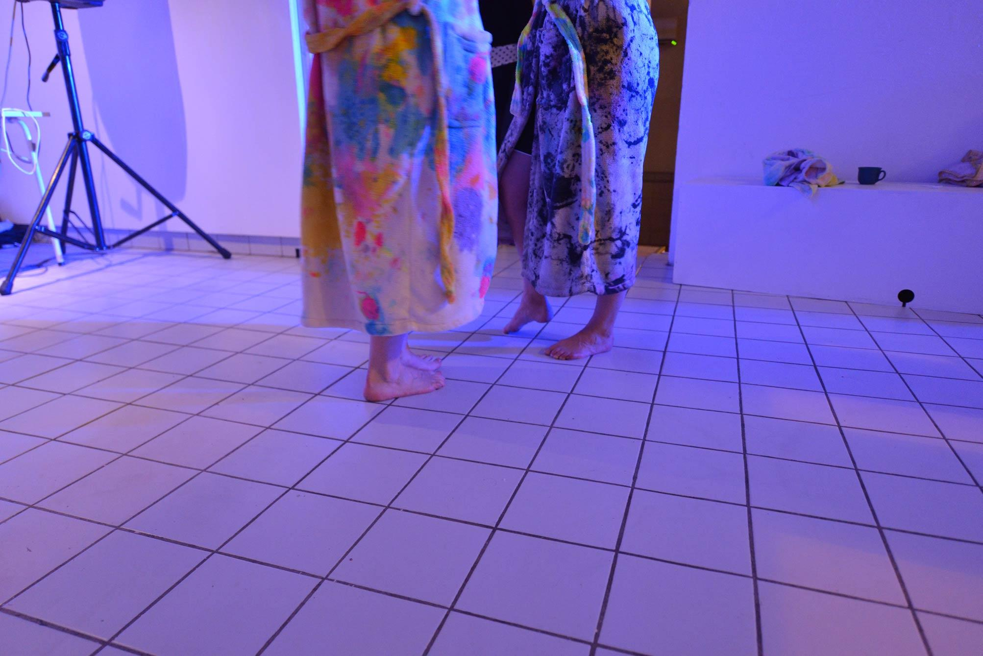 Limited edition of sauna sessions with paintings as towels and robes/ robes and towels as paintings in SmallProjects Tromso gallery. 2014.
