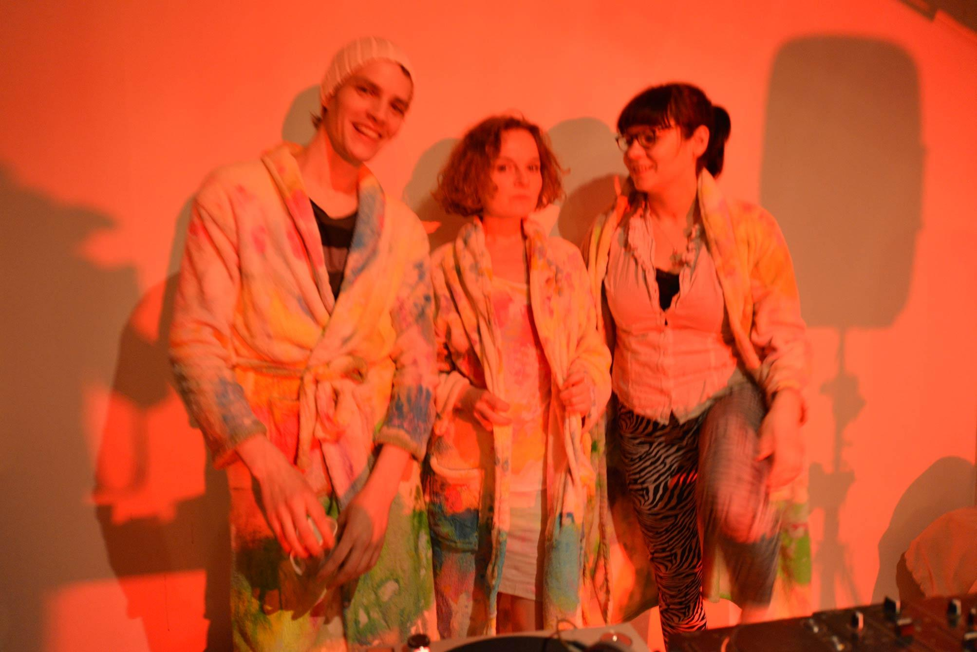 Limited edition of sauna sessions with paintings as towels and robes/ robes and towels as paintings in SmallProjects Tromso gallery. 2014/ Along with DJ Charlotte Bendiks+ DJ Christian Bruun